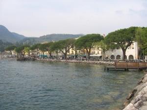 Garda Promenade Gardasee Sommer