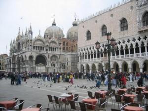 Markusplatz Venedig Marco Taube