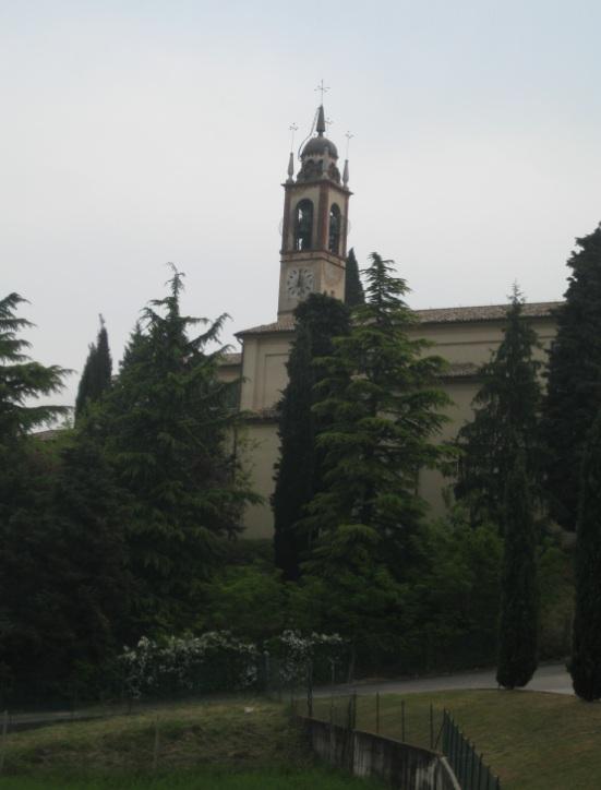 Kirche in Italien am Gardasee