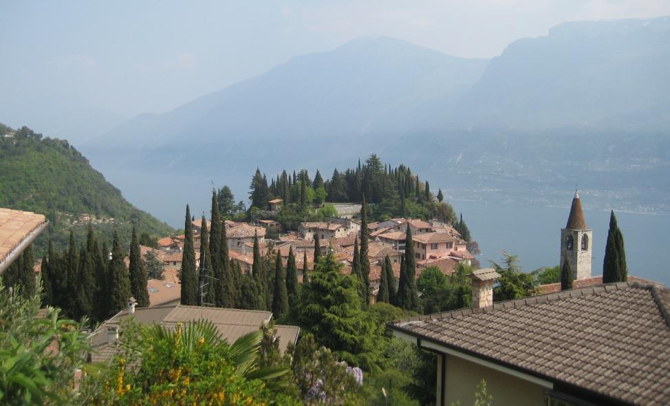 Blick auf Tremosine (Gardasee)