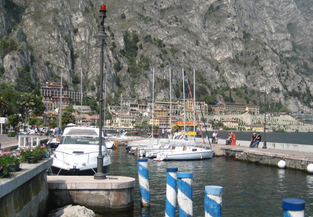 Hafen von Limone
